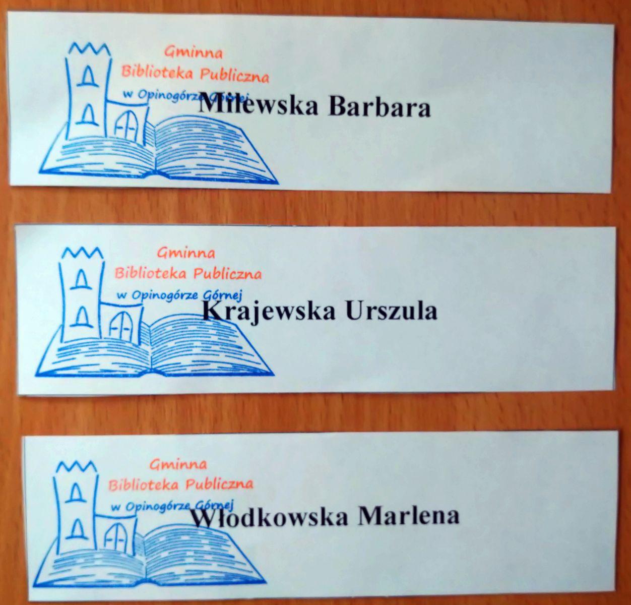 Na zdjęciu losy z nazwiskami zwycięzców w konkursie wielkanocnym.